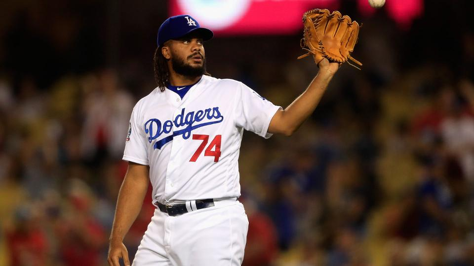 Kenley Jansen allows 2 HRs in loss to Cards