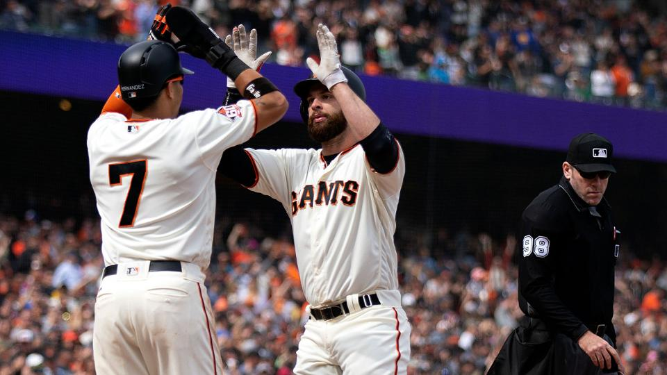 Belt's blistering week ends with winning homer