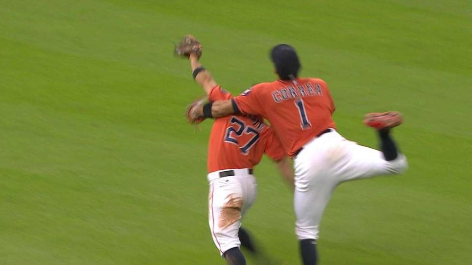Altuve back in lineup after scary collision