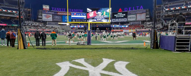 42ca28cfa5d985 The Official Site of the New Era Pinstripe Bowl | New York Yankees