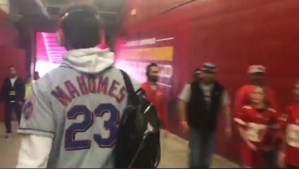 finest selection a5455 45f36 Patrick Mahomes II sported his dad's Mets jersey | MLB.com