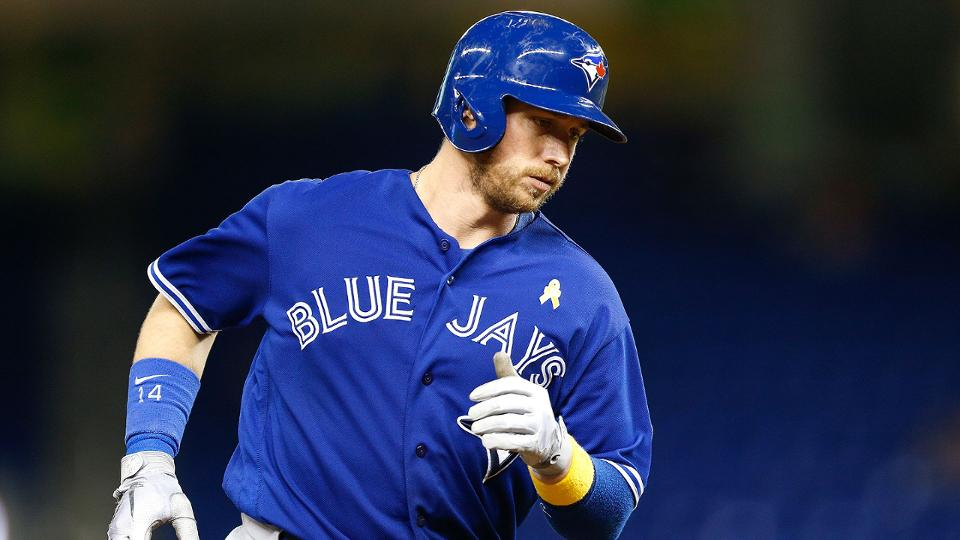 Justin Smoak's option with Blue Jays picked up | MLB.com