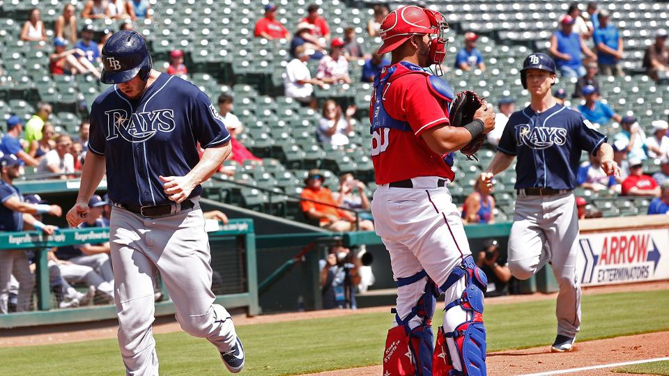 Rays stay in playoff hunt with sweep of Texas   MLB.com