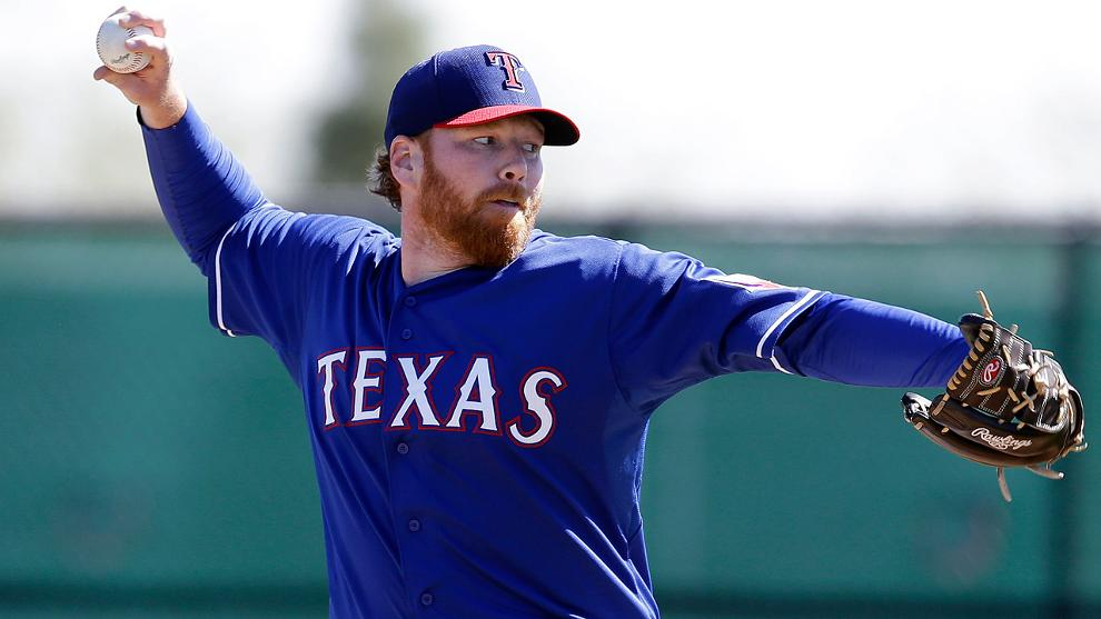 04645b185bc White Sox sign right-hander Hanson to Minor League deal