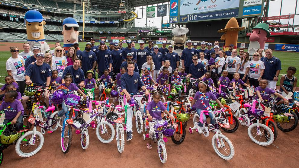 new products fe43f 4f5dd Beyond The Diamond | Milwaukee Brewers