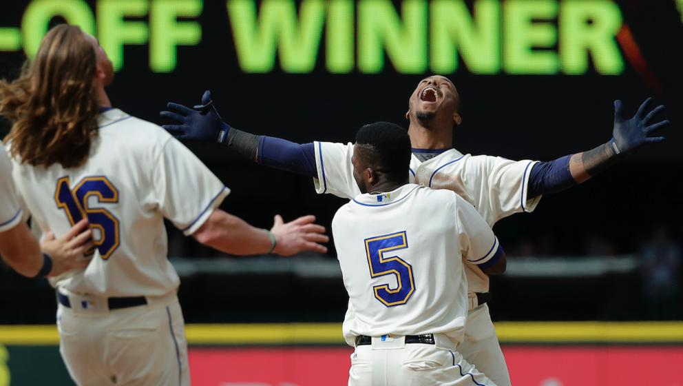 The five craziest one-run wins from the Mariners' storybook start