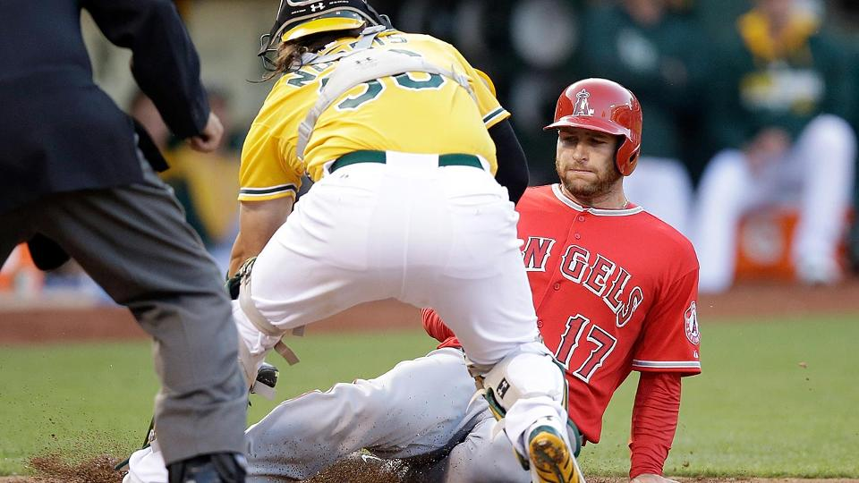 4768388f9 Umpires  video review doesn t help Angels on play at plate