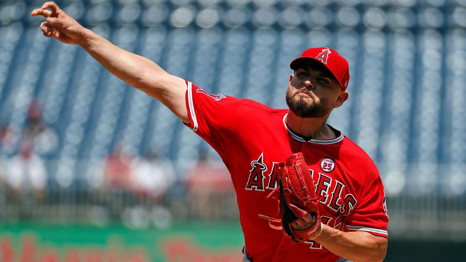 4a8c9c97d Ricky Nolasco has strong outing before cramps