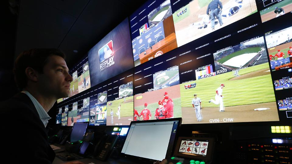 Richard Justice: Expanded replay blends tradition with technology | MLB.com