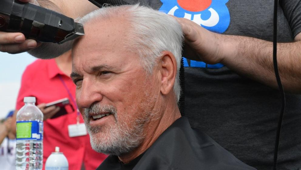 Cubs Shave Heads For Pediatric Cancer Research Chicago Cubs