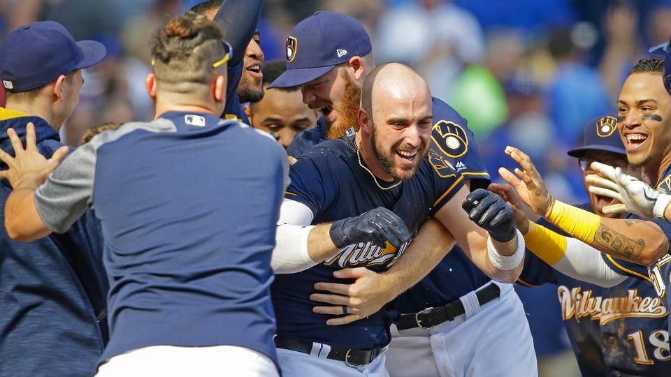 Brewers walk off against Cubs in 10th inning   MLB.com