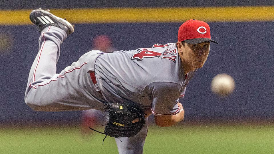 Crew Cooled By Reds Despite Flores Pina Hrs Milwaukee Brewers