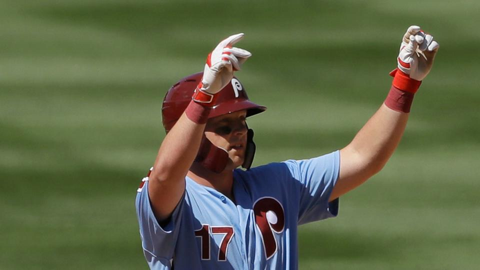 Hoskins sparks offense with 3 hits, 3 RBIs