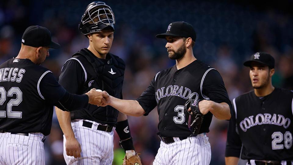 93b920dbf82815 Rockies  Tyler Chatwood struggles against Reds